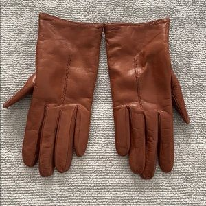 100%cashmere lined leather gloves
